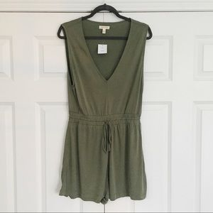 NWT - Silence + Noise - Urban Outfitters - Romper